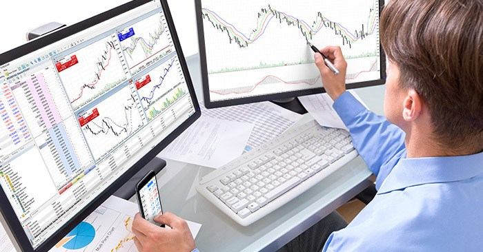 Moving financial instrument charts outside the platform window